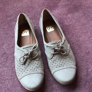 Dolce Vida taupe suede oxford 9.5M